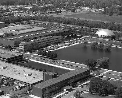 Eero Saarinen / 1956 General Motors Technical Center