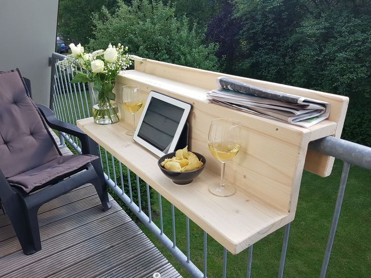 Balkon tafel #apartmentbalconydecorating
