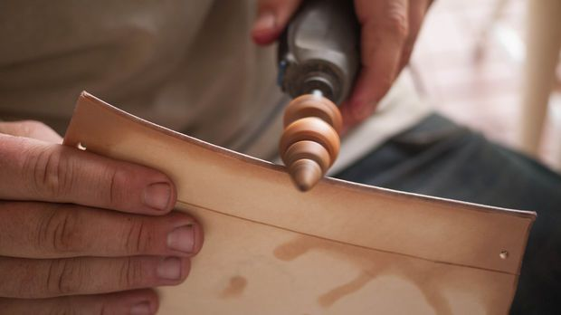 18 best images about leather workshop on pinterest stitching wood working and ponies