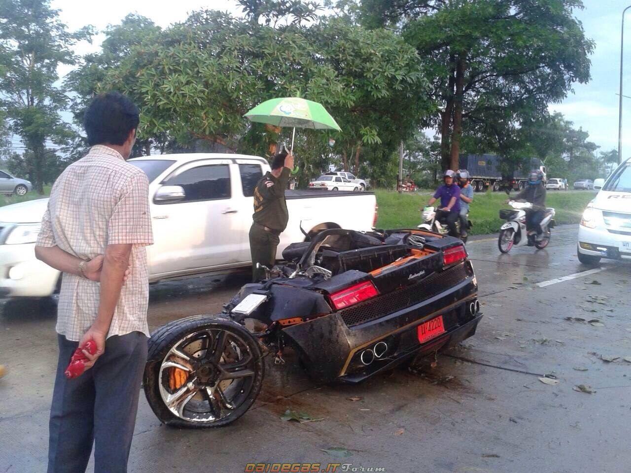 Lamborghini Gallardo CRASH, http://www.daidegasforum.com/forum ...