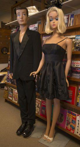 Life Size Barbie And Ken Mannequin Set Ebay