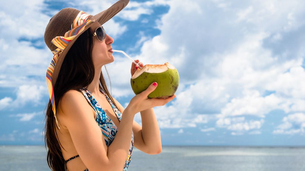 Kokoswasser: Isotonisch und lecker oder übertriebener Hype?