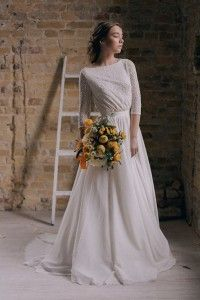 Cherie Gownby Flora and Lane (Image: Amanda Watson Photography) I swear, every time I spend a few minutes (okay, a couple of hours, but who can help it?) browsing on Etsy, I swear the wedding dres…