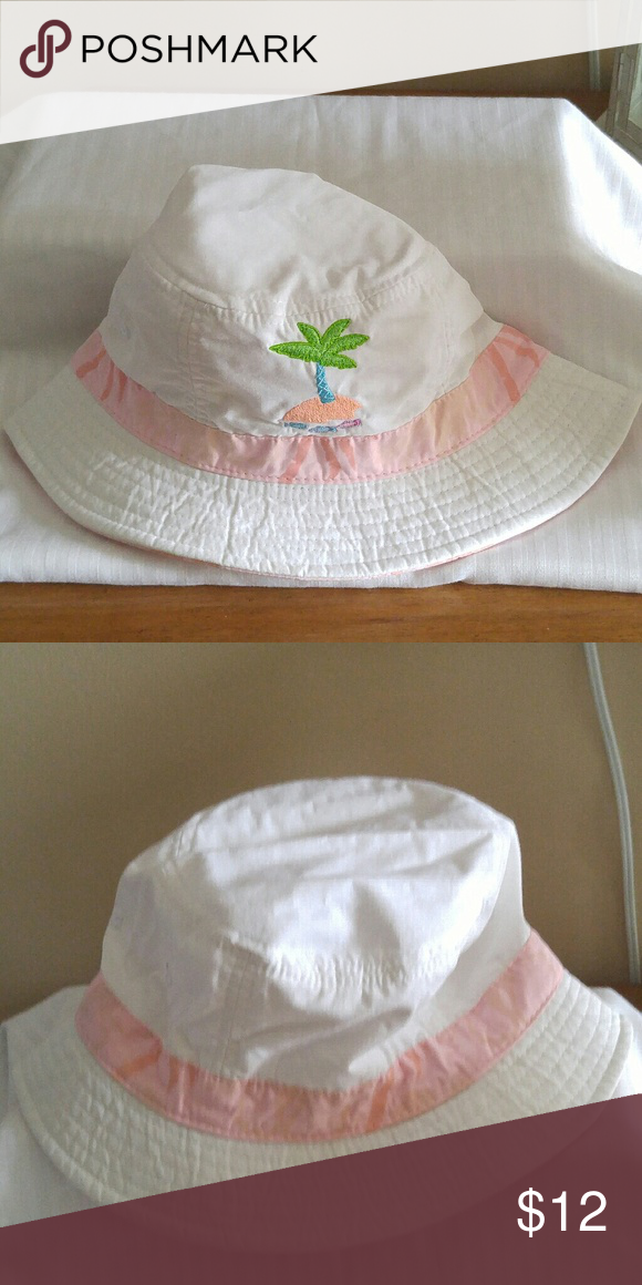 Boonie hat White boonie hat with embroidered palm trees and pink palm tree  border Accessories Hats 1fee3cf9571