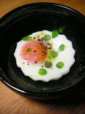 Herkkusuun lautasella-Ruokablogi: Yrttiset vuokamunat