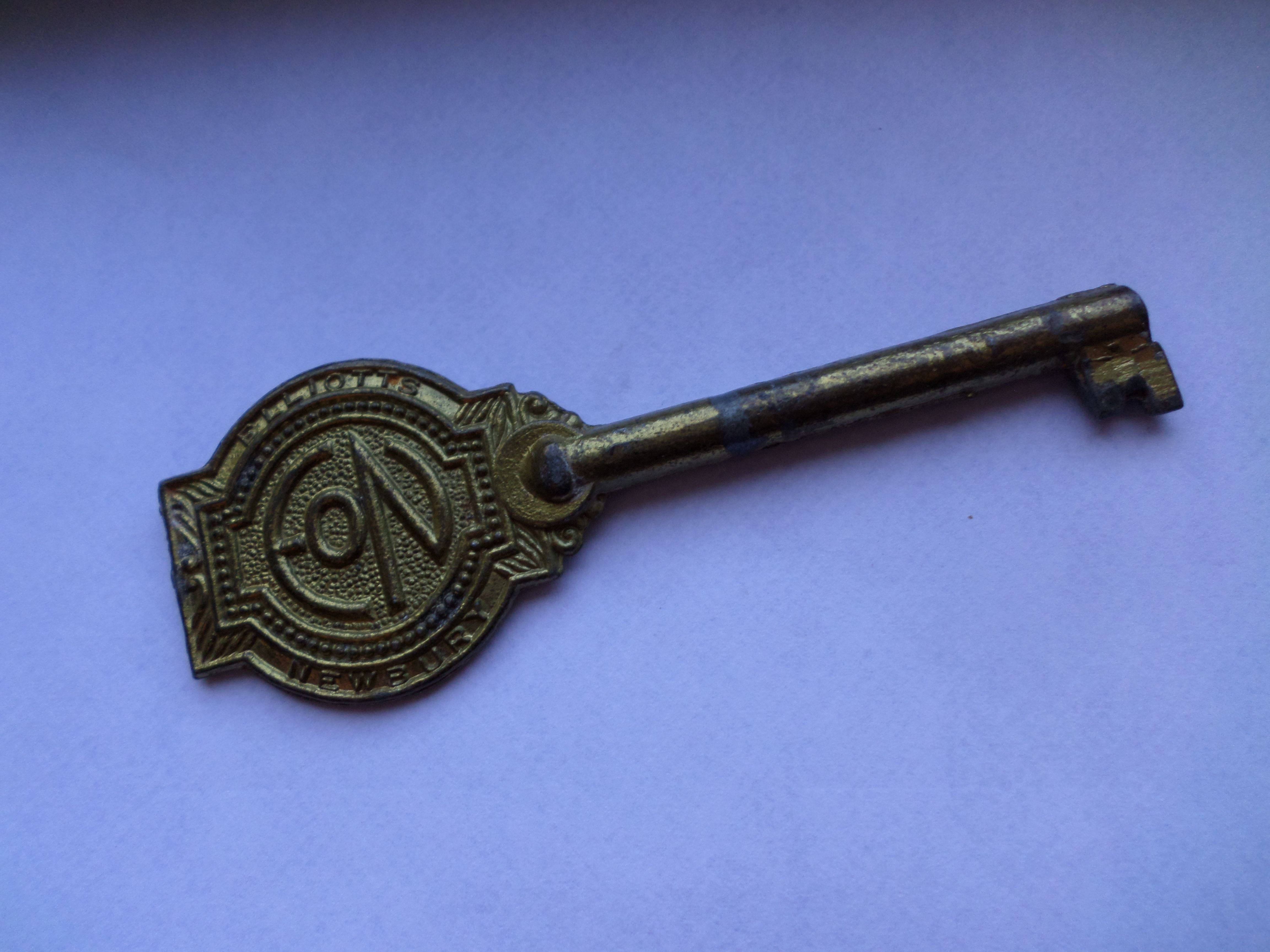 I don't know what Eon stands for but the key is nice - another from my collection