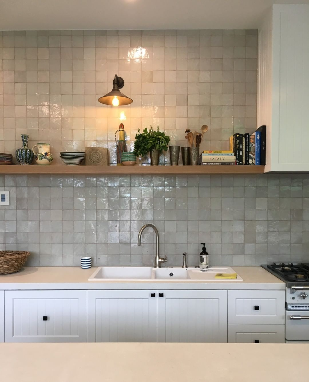 Tiles Of Ezra On Instagram A Zellige Feature Wall Is The Best Kind Of Feature Wall Obsessed With The Character Th Home Kitchens Kitchen Design Small Kitchen