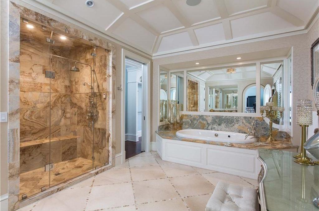 View 32 Photos Of This $45000000 18 Bed 270 Bath Single Brilliant 1940 Bathroom Design Design Ideas