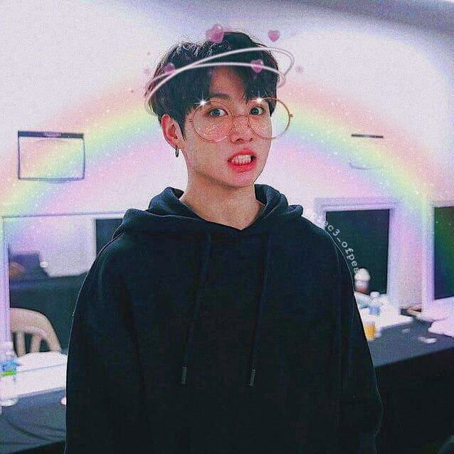 "ೃೀ ꪑⅈ��ꪮ�ꪮડꪑꪮડ⁷|�������� ���� on Instagram: ""☾ ✰JUNGKOOK Edit ☾ ✰ --> @twentyonepilot18 (main account) · · Sorry if It looks blurry :'u · · #Army #btsarmy #BTS #Taehyung #Jungkook…"""