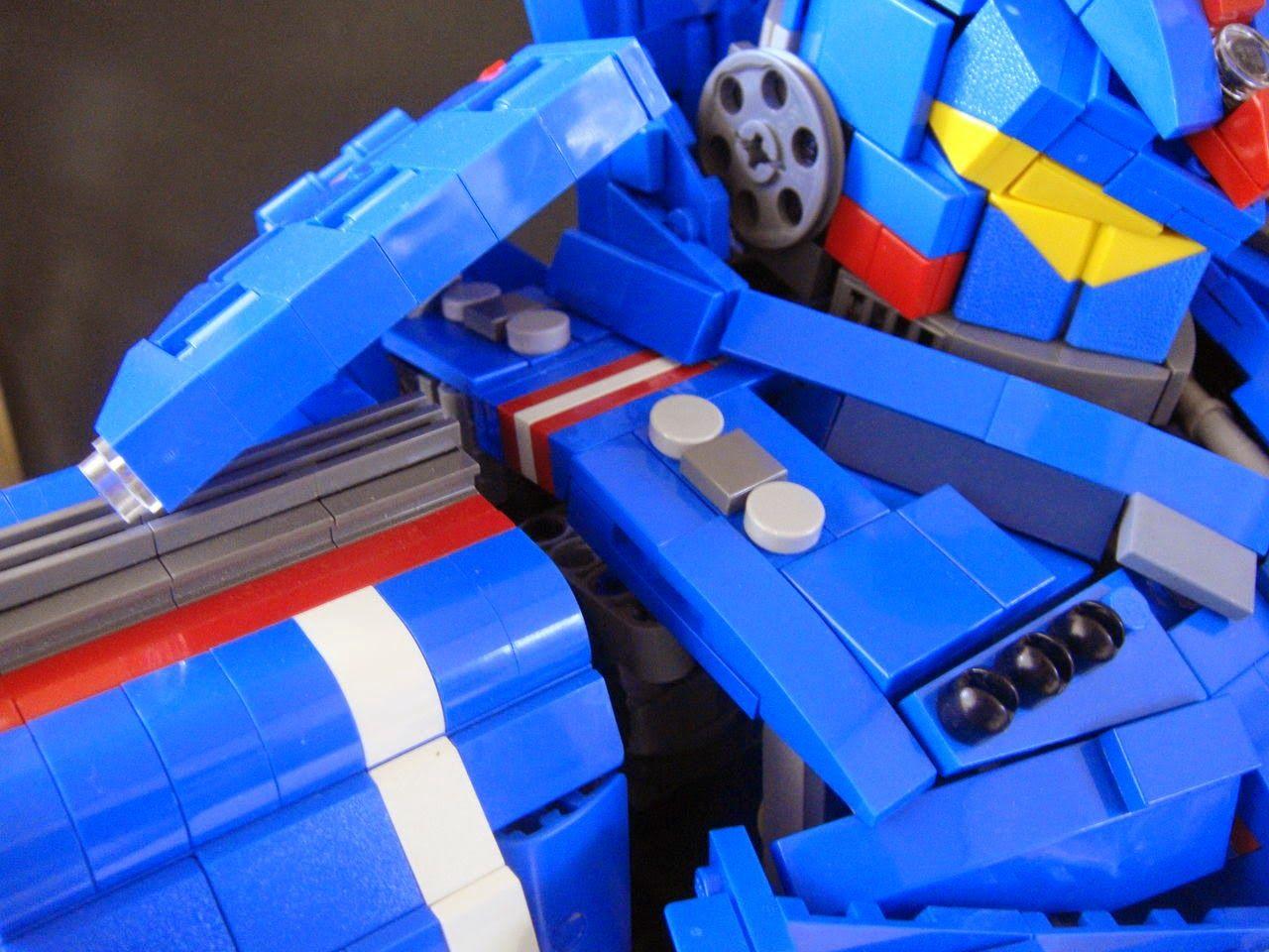 MECHA GUY: Pacific Rim LEGO: Gypsy Danger   Lego   Pinterest