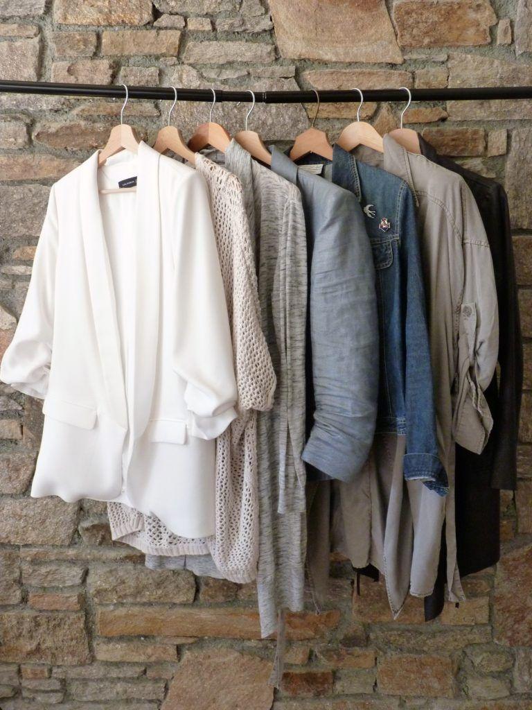 garde robe capsule capsule wardrobe printemps 2017 vestes. Black Bedroom Furniture Sets. Home Design Ideas