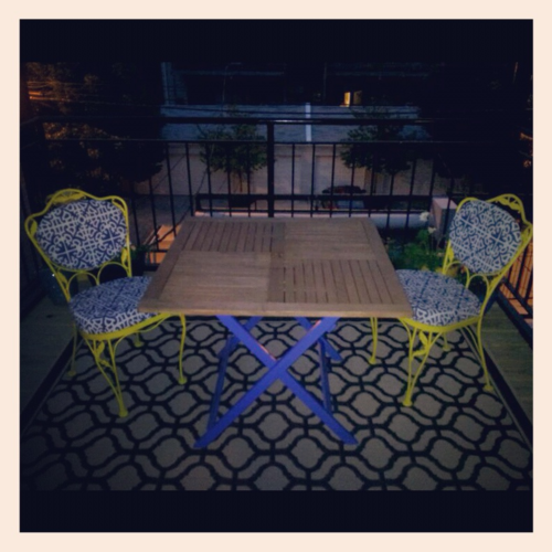 my updated patio. DIY table and chairs.