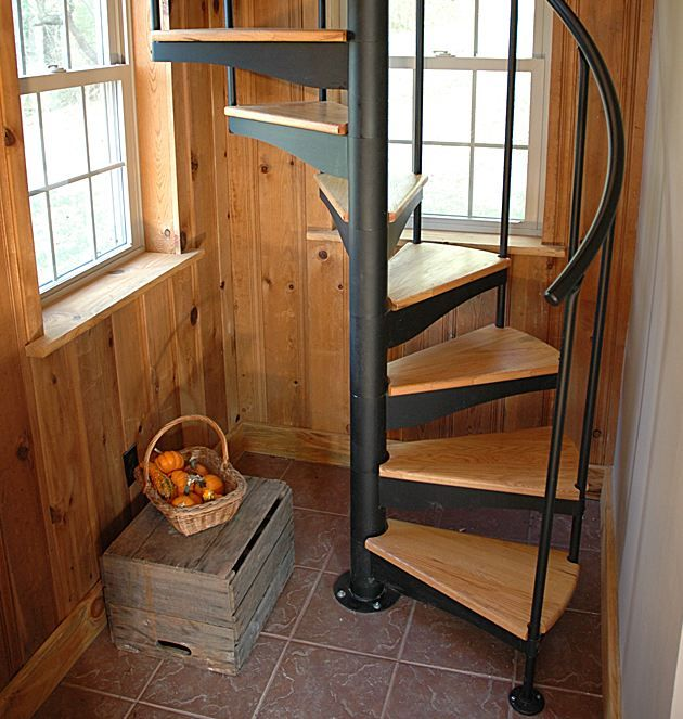 Short Stairs Ideas: Never Run Up Or Down The Staircase.