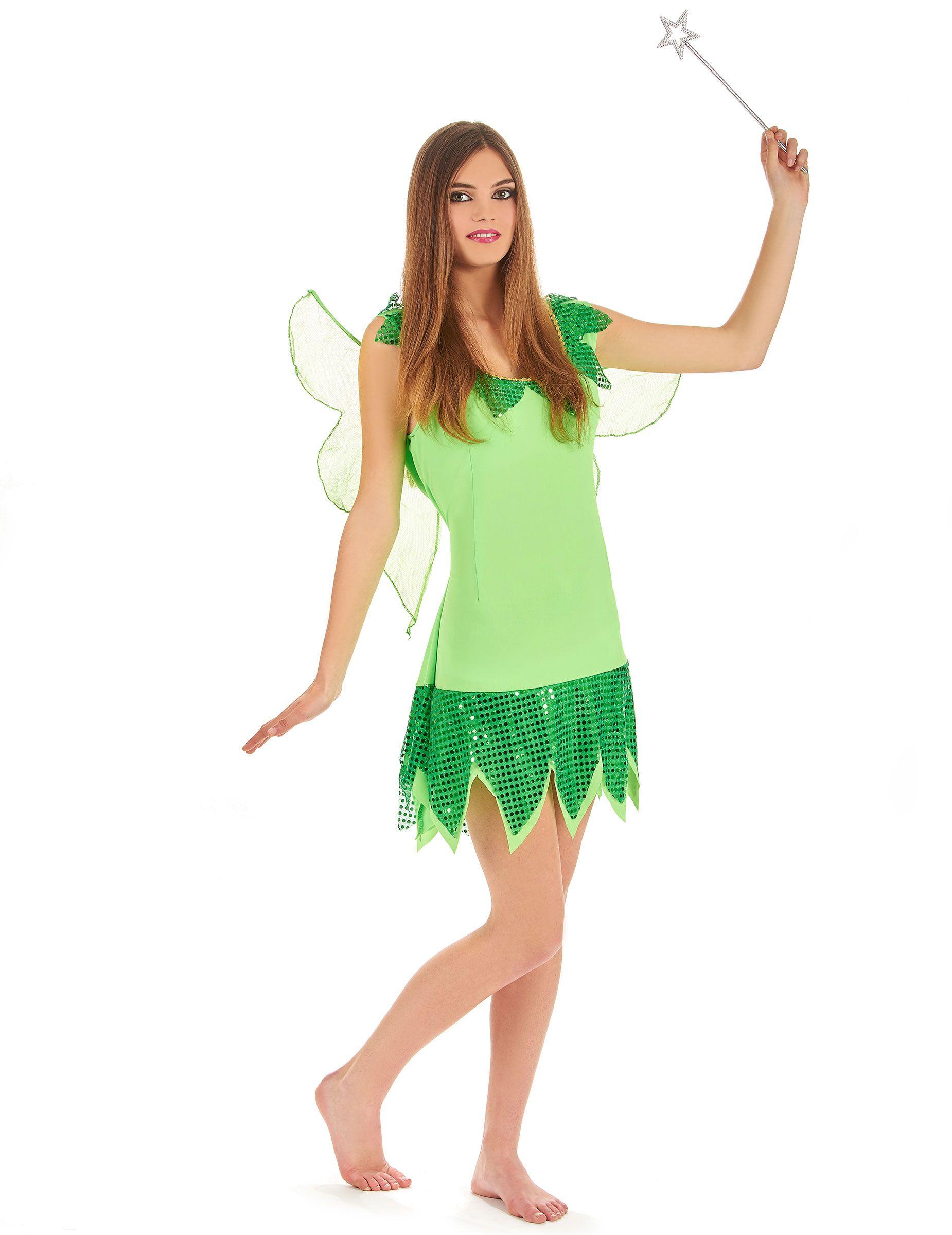 Disfraz de hada verde para mujer: Este disfraz de hada verde para mujer se compone de un vestido y un par de alas. El vestido es de un tejido verde muy ligero, embellecido con un ribete dorado en el pecho y lentejuelas a la altura...