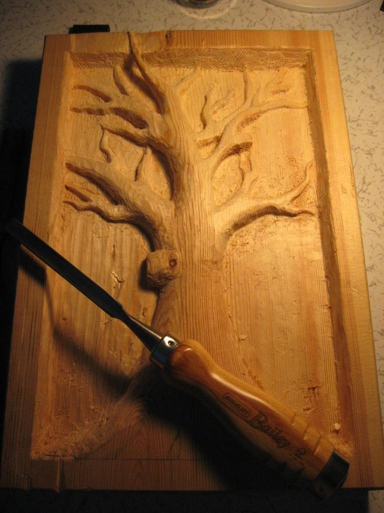 Картинки о вырезание на дереве