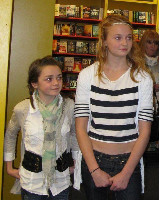 Sophie Turner & Maisie Williams So Cute & Sweet | Maisie ...
