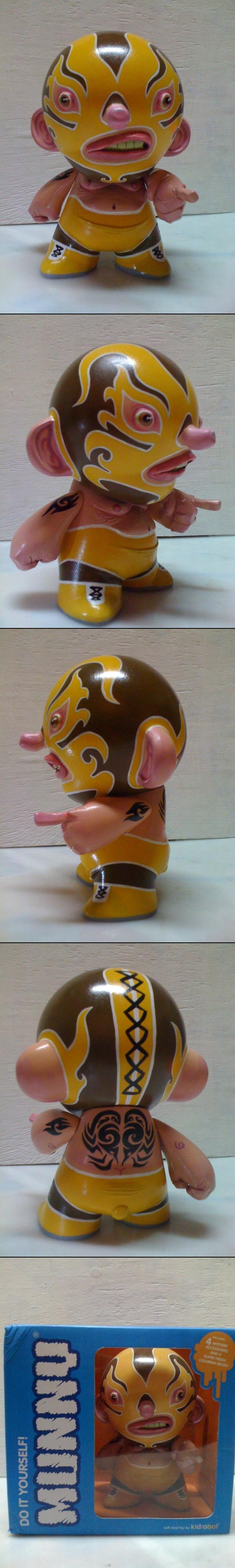 http://www.toydesignserved.com/gallery/La-Cucaracha/551801