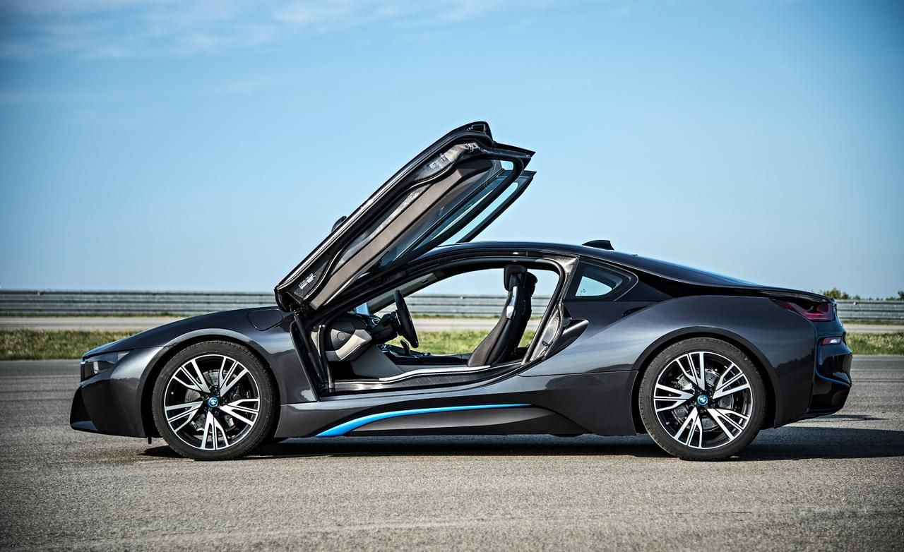 Deliveries of the bmw hybrid sports car start in june driving performance and fuel economy significantly improved again practice consumption reached