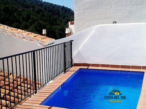Casa rural en alquiler de vacaciones con piscina privada for Casas con piscina privada para vacaciones