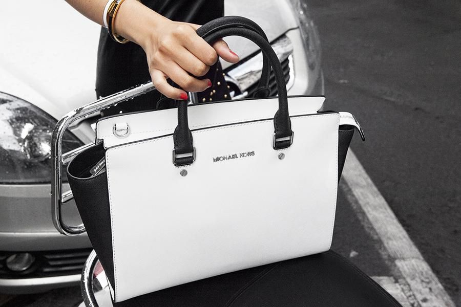 want this bag so much! oh sweet Michael Kors !