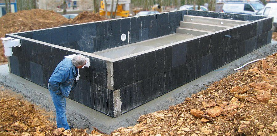 Resultado de imagen de piscinas elevadas obra piscinas for Piletas de concreto