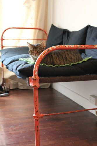 Vintage Cast Iron Bed Day