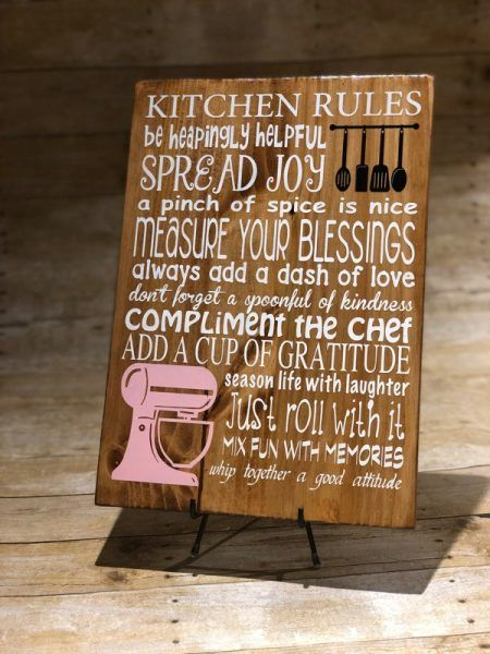 Kitchen sign makes a great christmas gift for anyone! #kitchenrules