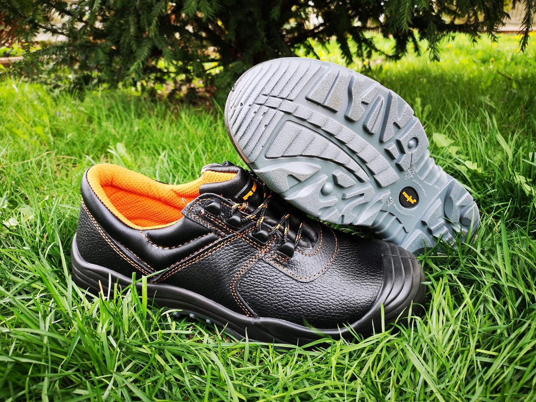 Bcs Polbuty Ochronne Work Boots Boots Work Shoes