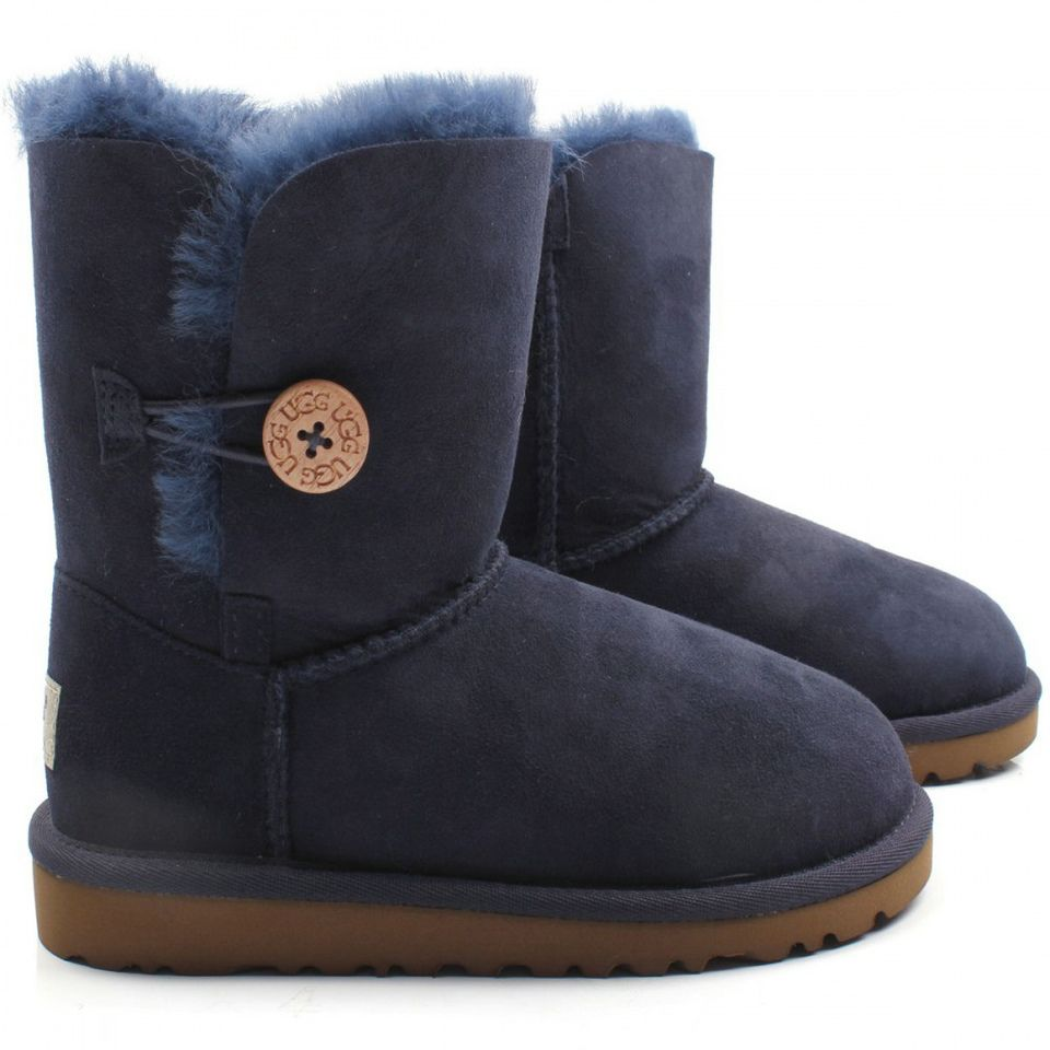 In 2016 the new UGG is coming soon, more beautiful designs, better quality,