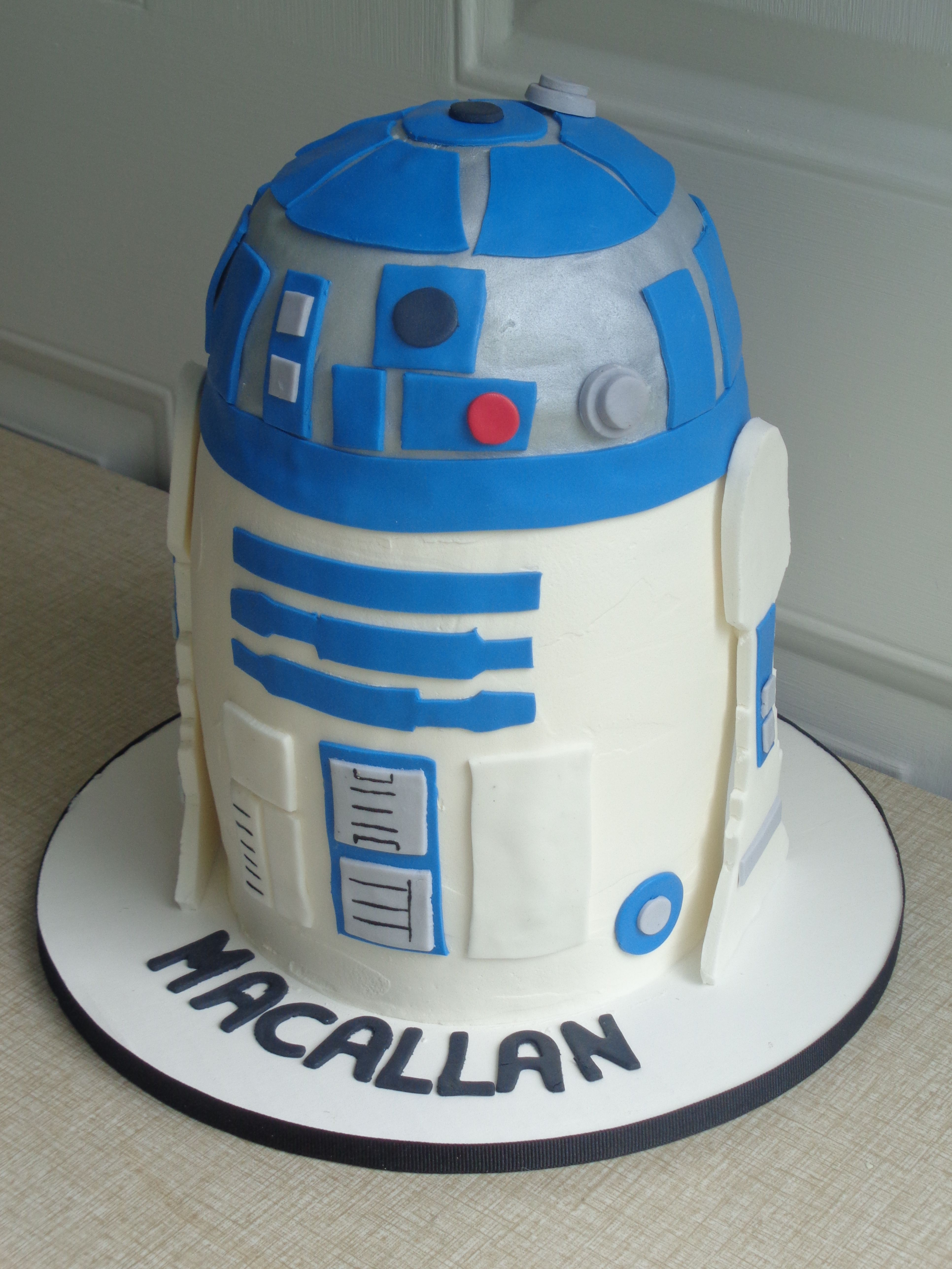 R2d2 Birthday Cake My Thoughts Exactly Pinterest Birthday