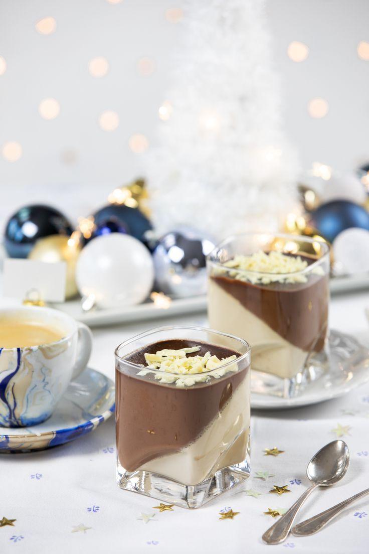 Schokoladenkaffee Panna Cotta und Marmorierte Tassen f -