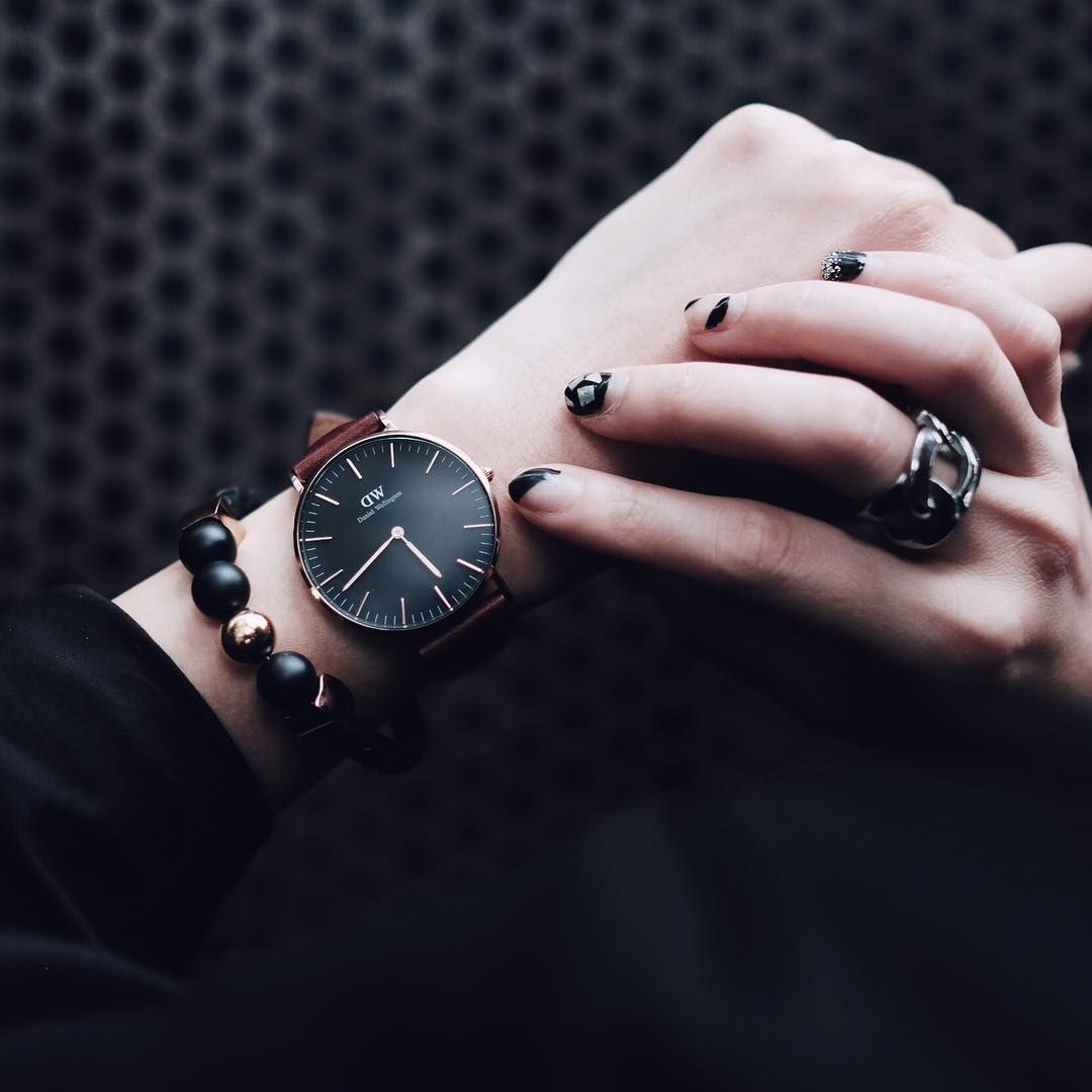 b74aaafe429e Use code UNAMIA to receive an extra 15% discount off your order at Daniel  Wellington PLUS free worldwide shipping! (Photo via IG  catherinesumitri)