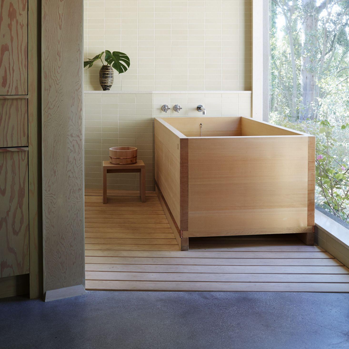 Japanese Hinoki Wood Bath Buckets High And Low Japanese Bathroom Design Spa Bathroom Design Japanese Style Bathroom