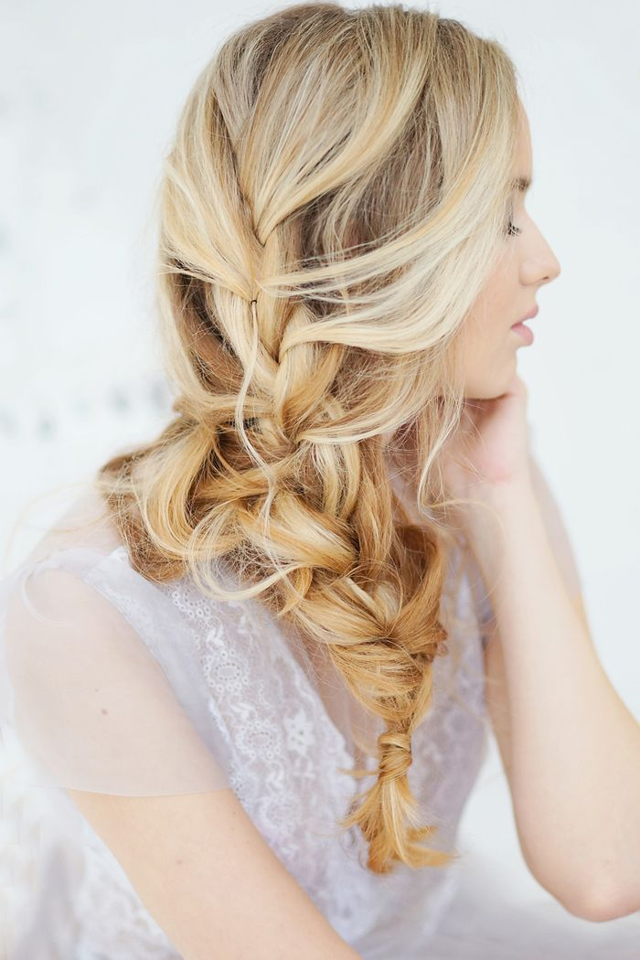 pretty loose bridal hair | fabmood.com
