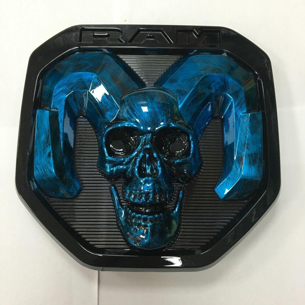 Black 3D Skull Rams Head Grille//Tailgate Emblem for Ram 1500 2500 3500 2013-2018