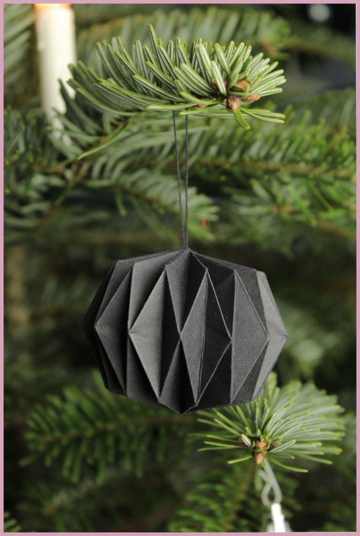 Weihnachtsbaumschmuck aus Papier | frau friemel #paperpatterns