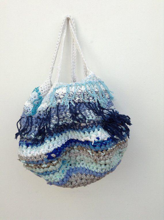 fabric-strip-crochet-purses-porn-pohtu-doctor