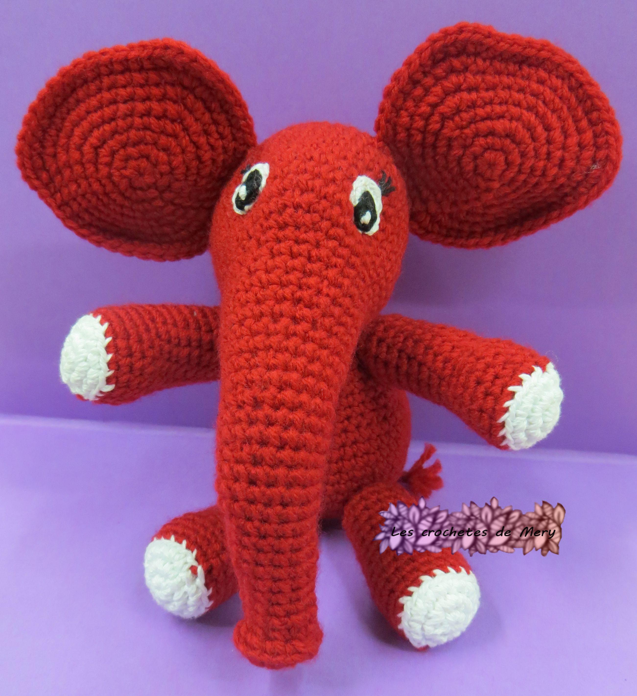 Elefante bebe (amigurumi) rojo