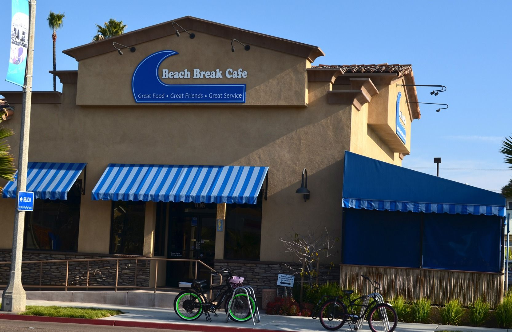 Beach Break Cafe A Top Rated Local Restaurant In Oceanside California Food Travel Vacation