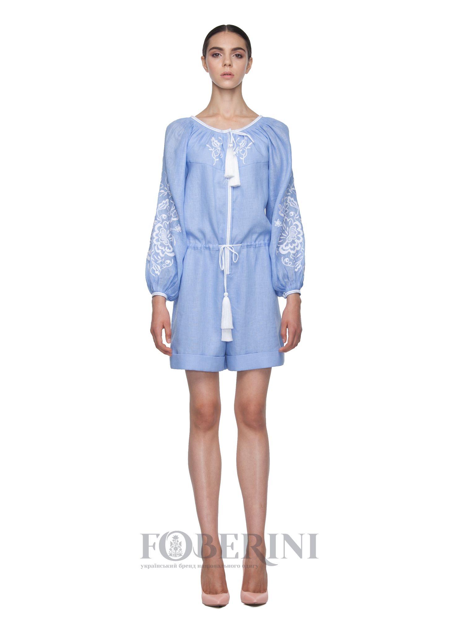 Жіночий вишитий комбінезон «Лагуна» ніжно-блакитного кольору. Виконаний з  високоякісного льону. 90feb1471472e
