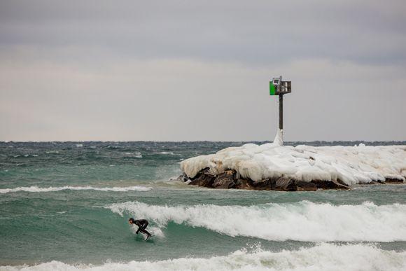 011 Surf Jpg 580 387 Northern Michigan Surfing Michigan
