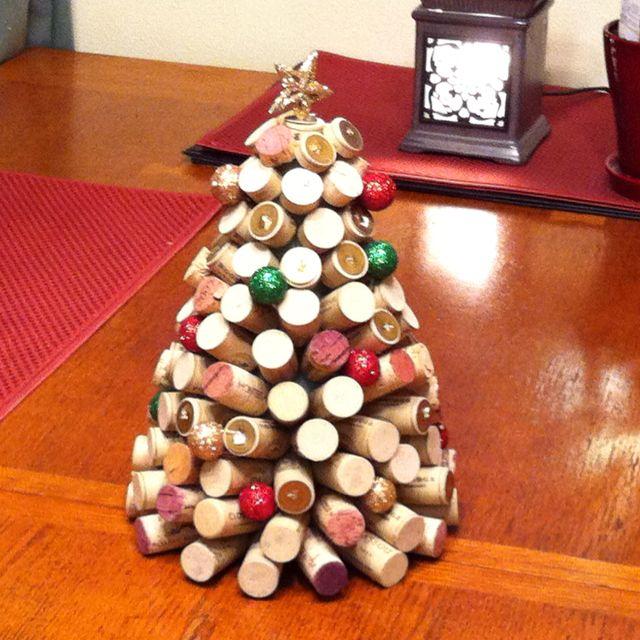 wine cork christmas tree for the home pinterest. Black Bedroom Furniture Sets. Home Design Ideas