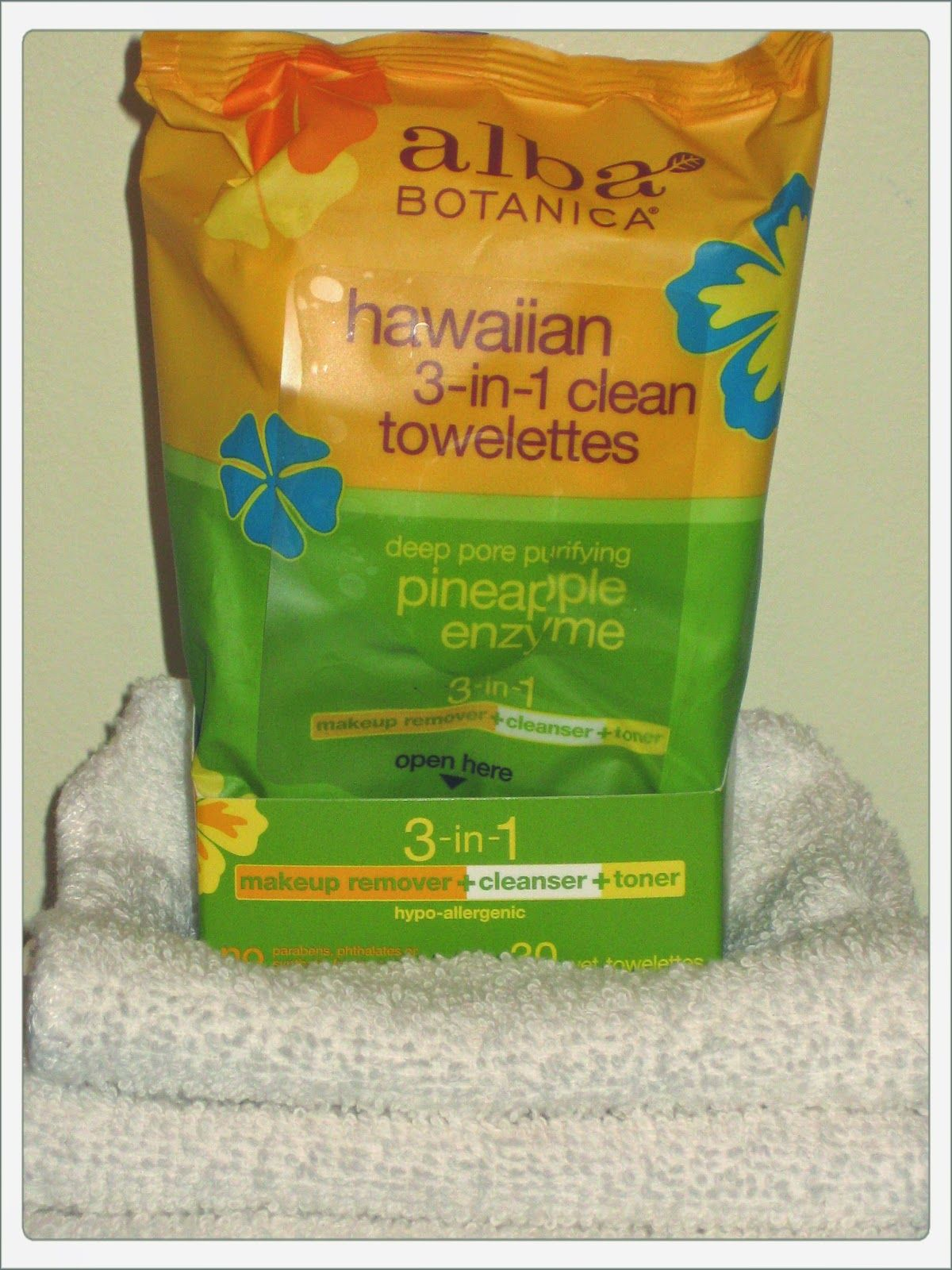 ALBA BOTANICA HAWAIIAN Makeup Remover Towelettes Cruelty