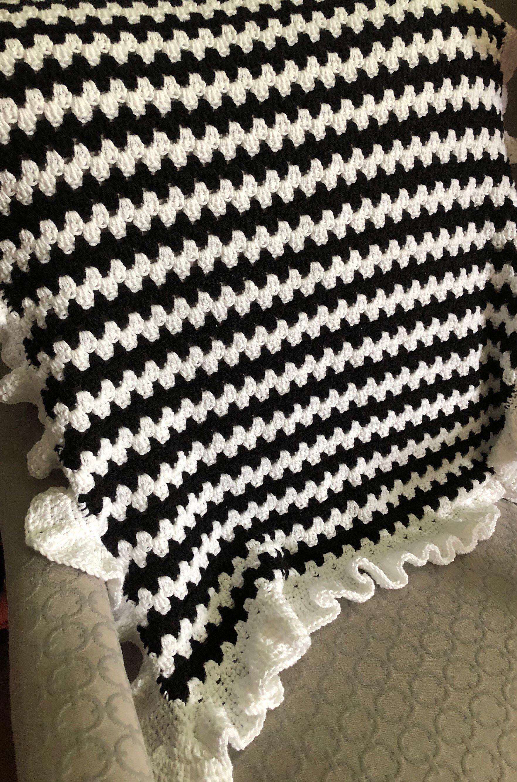 Black And White Blanket Crochet Baby Blanket Granny Stripe Etsy Striped Crochet Blanket Baby Blanket Crochet Crochet Blanket Granny Stripe