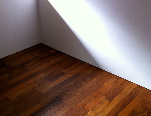 大阪の家 チークの床 床 家 巾木