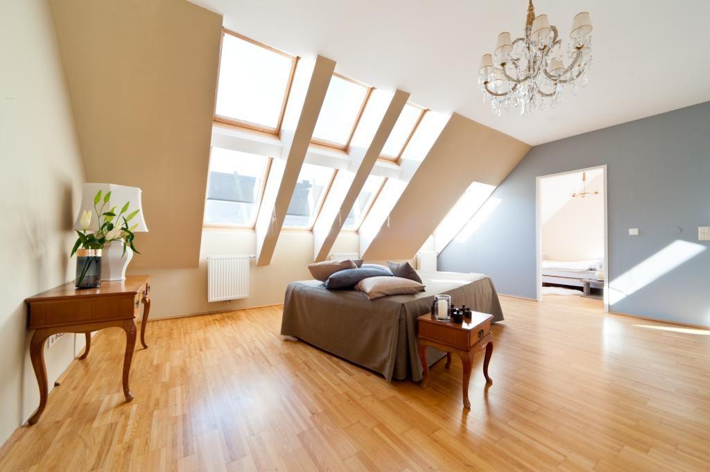 Großzügiges Schlafzimmer in einer Penthouse Wohnung. #Schlafzimmer ...
