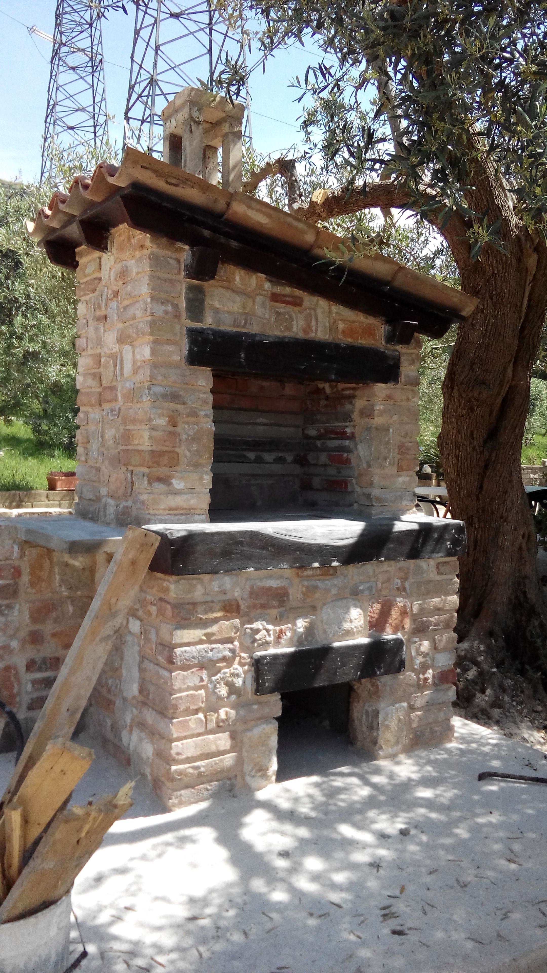 barbecue in muratura di pietra e mattoni | Barbecue | Pinterest ...