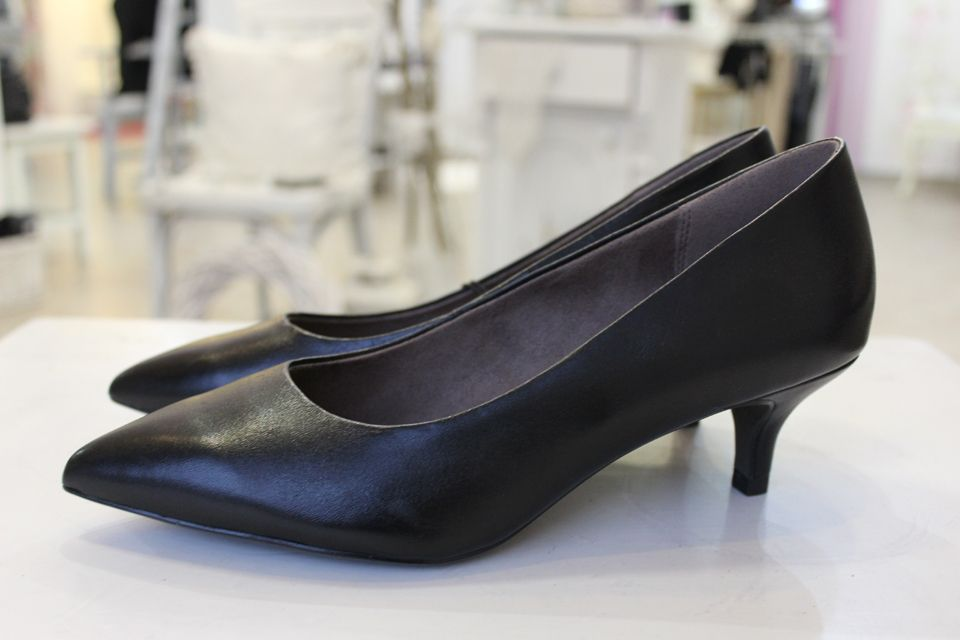 Tamaris low shoes
