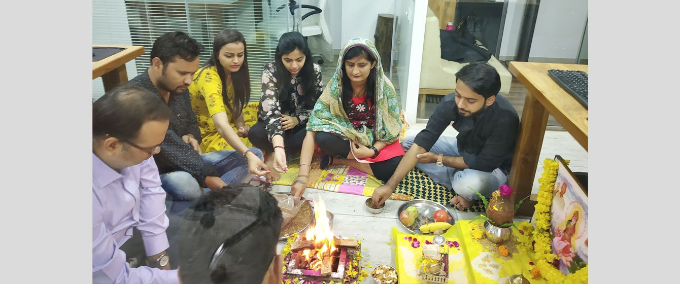 Embracing our Spiritual side with a Ganesh Hawan and Pooja