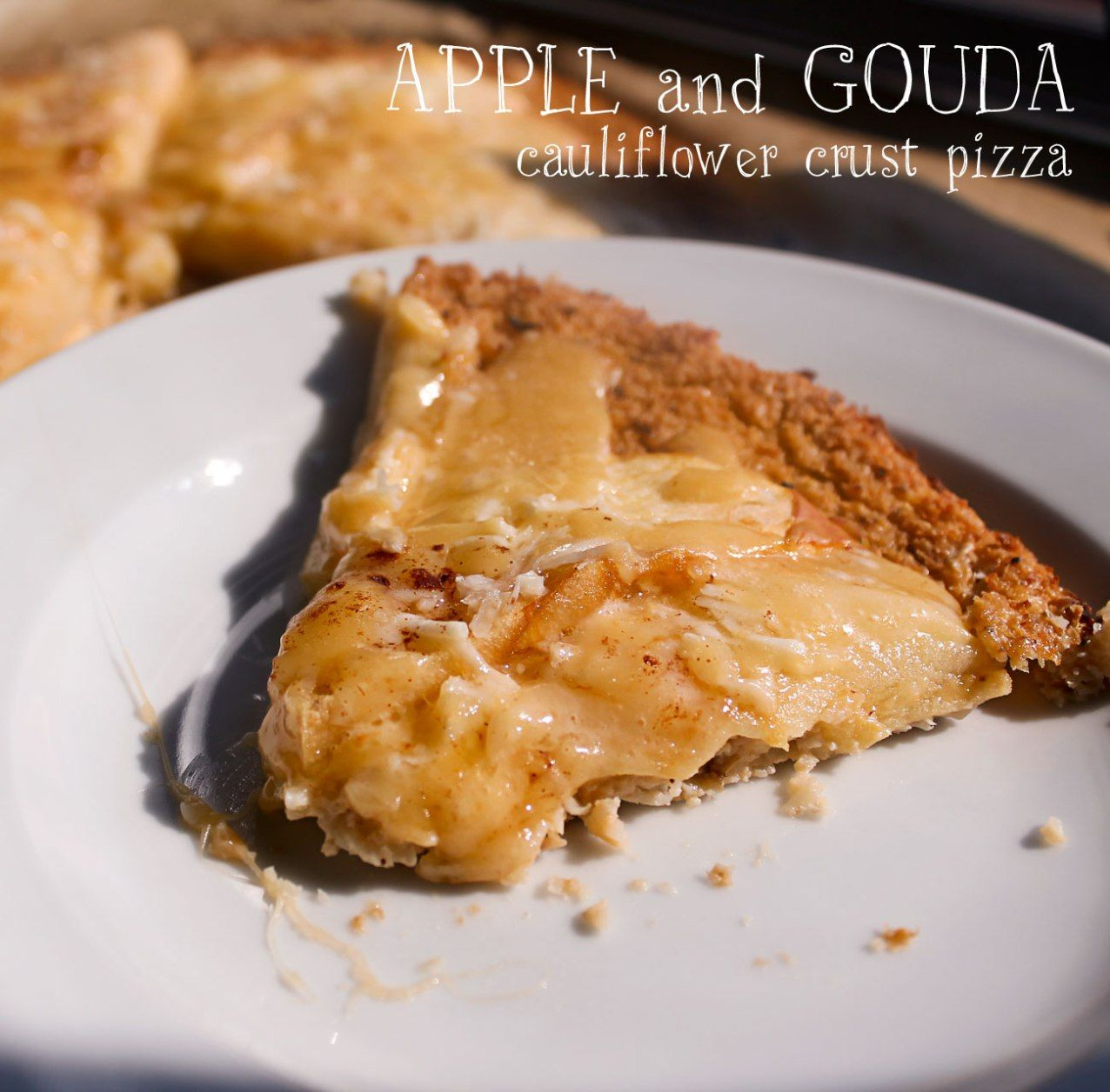 apple and gouda pizza